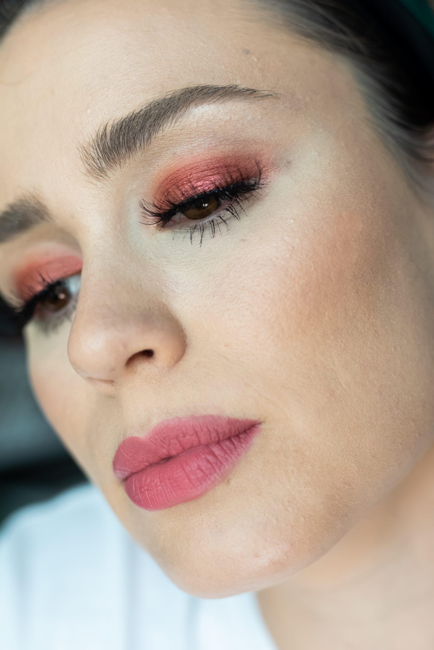 Easy metallic eyeshadow tutorial with L'Oréal Makeup