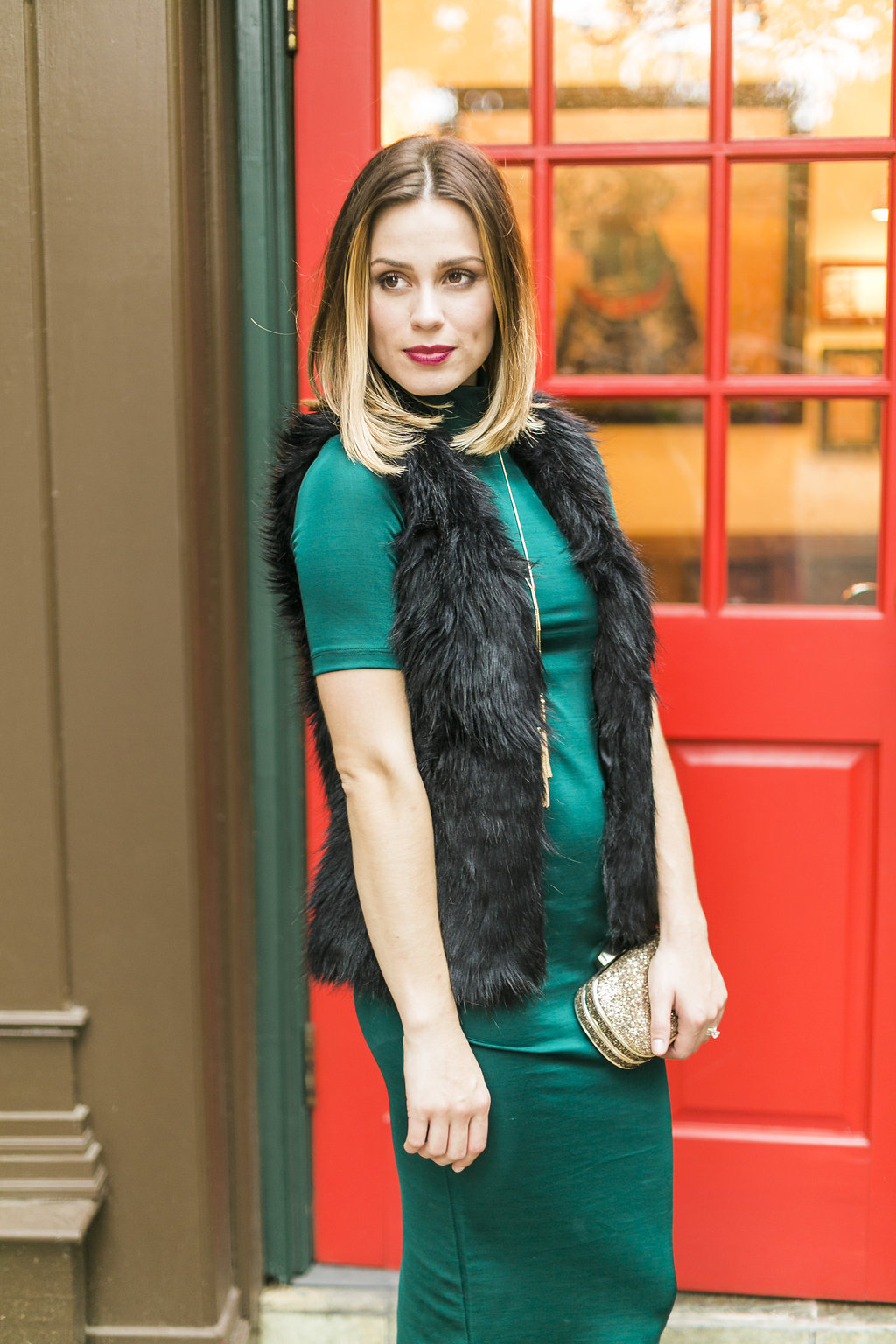 Christmas party outfit - A Merry Christmas Party Outfit by Houston fashion blogger Uptown with Elly Brown