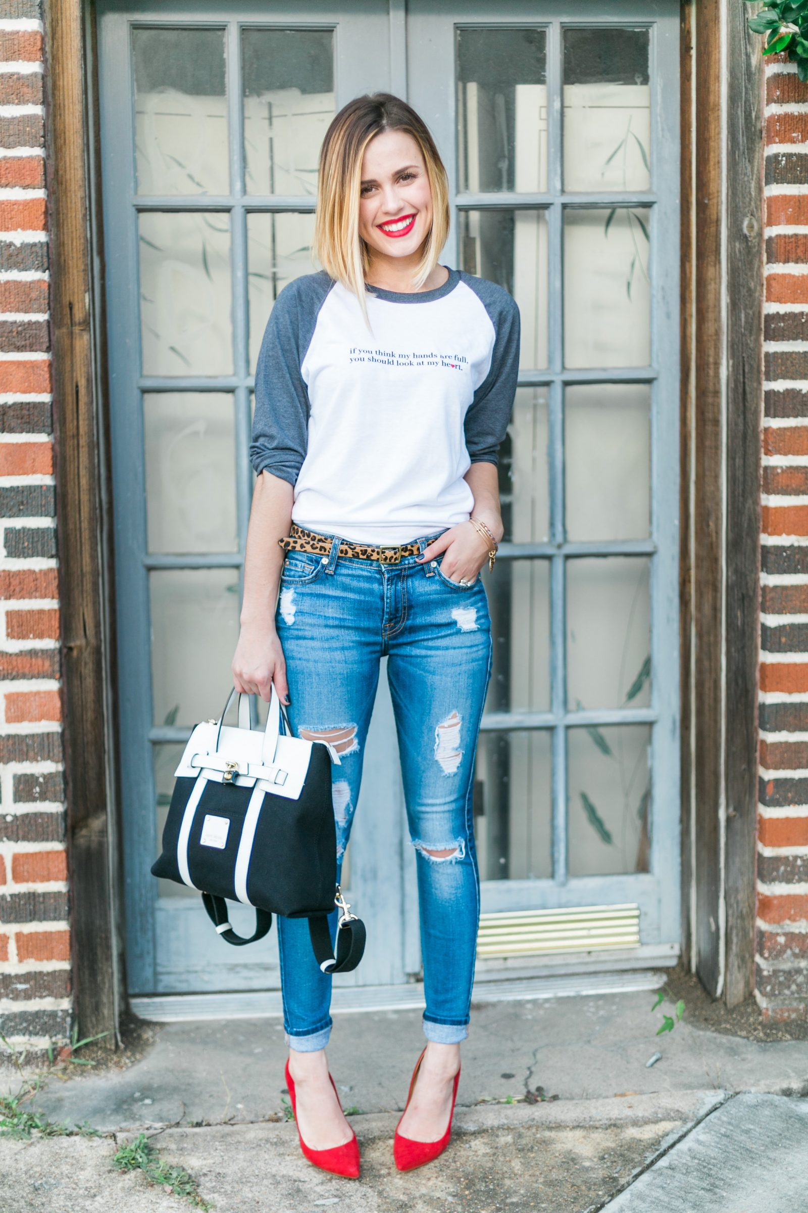 Houston fashion blogger wears a target leopard belt and skinny jeans