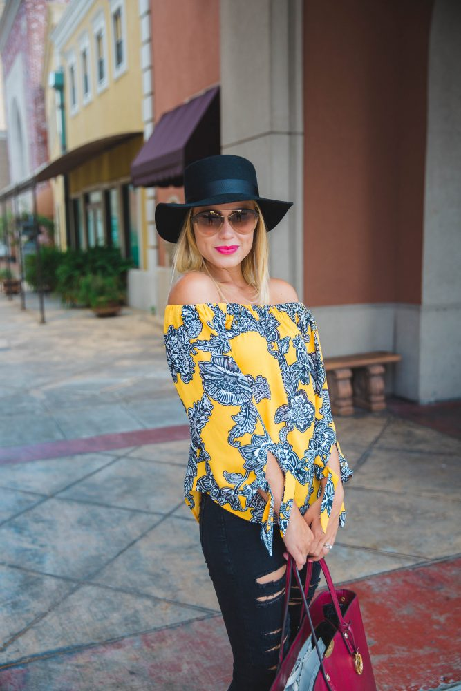OFF THE SHOULDER TIE SLEEVE BLOUSE | Fall Inspiration | Women's Street look