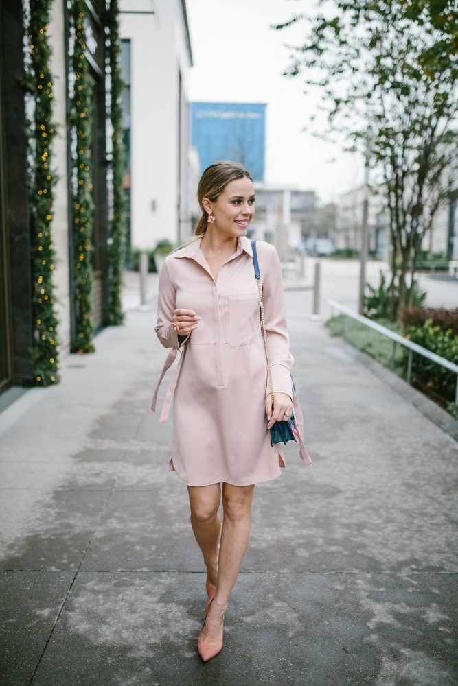 Valentine's Day | Valentine's outfit | Blush | Pink Dress | Maternity Fashion | Uptown with Elly Brown