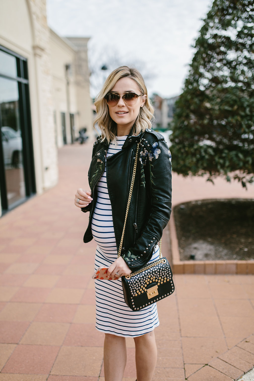Houston fashion blogger Uptown WIth Elly Brown shares her top tips on how to feel and look good during the hardest 9 months in any woman's life- pregnancy!