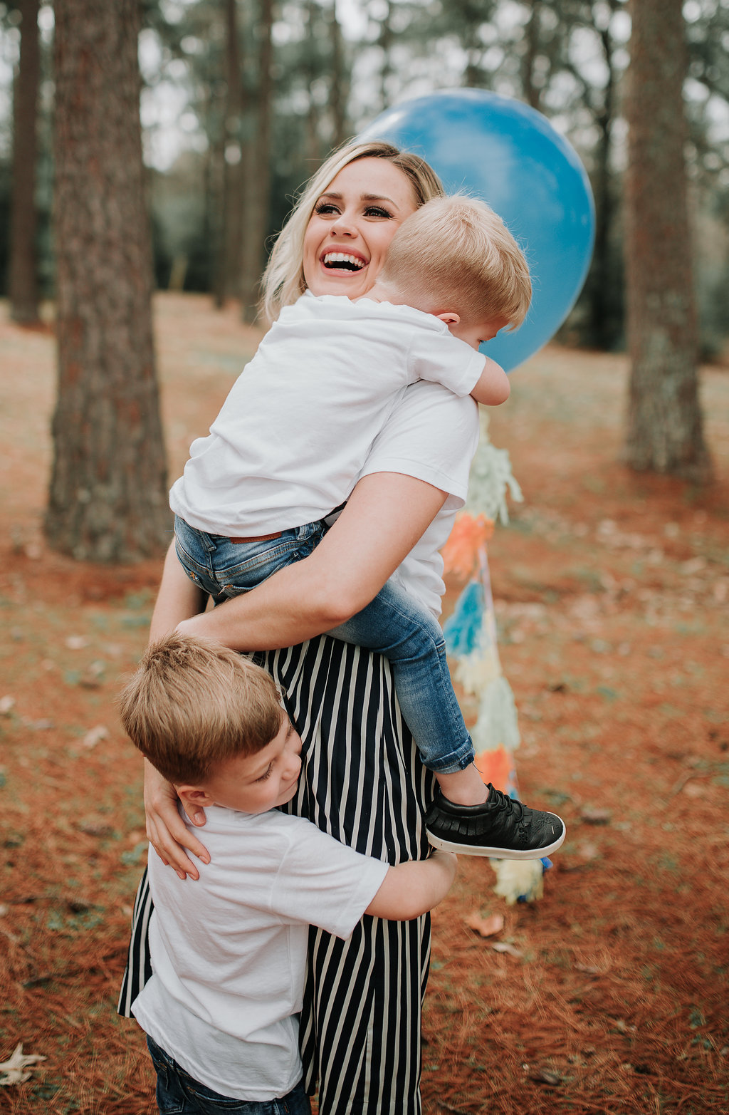 Houston lifestyle blogger Uptown With Elly Brown is so excited to share their families gender reveal! Baby Brownie is finally revealed!