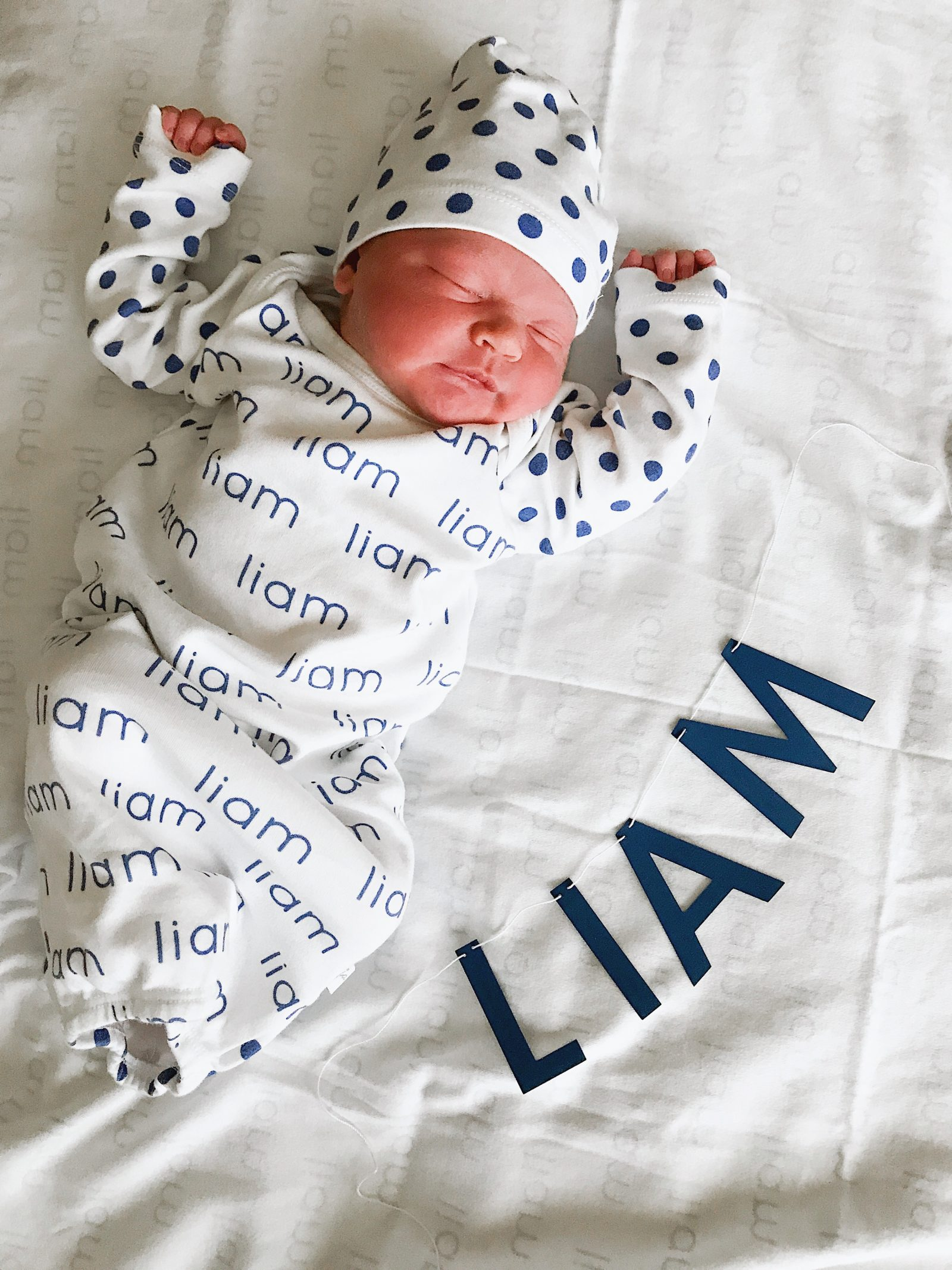 Houston lifestyle blogger Uptown with Elly Brown shares her third baby, Liam's Birth Story and how she almost delivered in the care during traffic hour! Click here to see more!