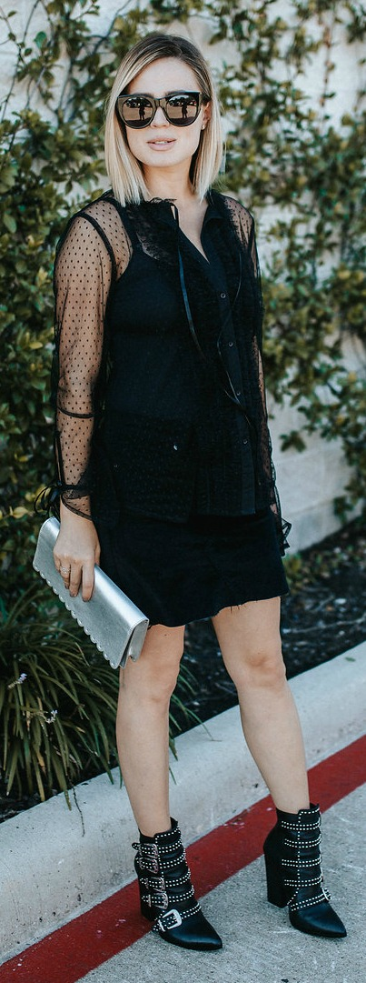 All black look   All black outfit   velvet skirt   Ankle boots   Western Boots outfit   Uptown with Elly Brown
