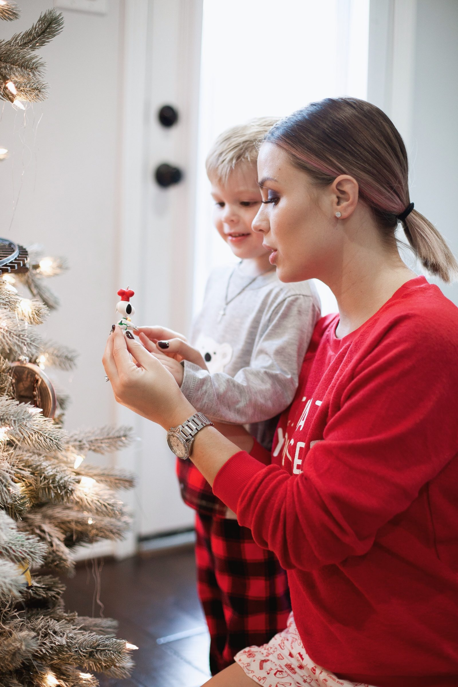 Houston Lifestyle Blogger Uptown with Elly Brown shares why it's important to teach our kids about Kindness this holiday season. Click here for more