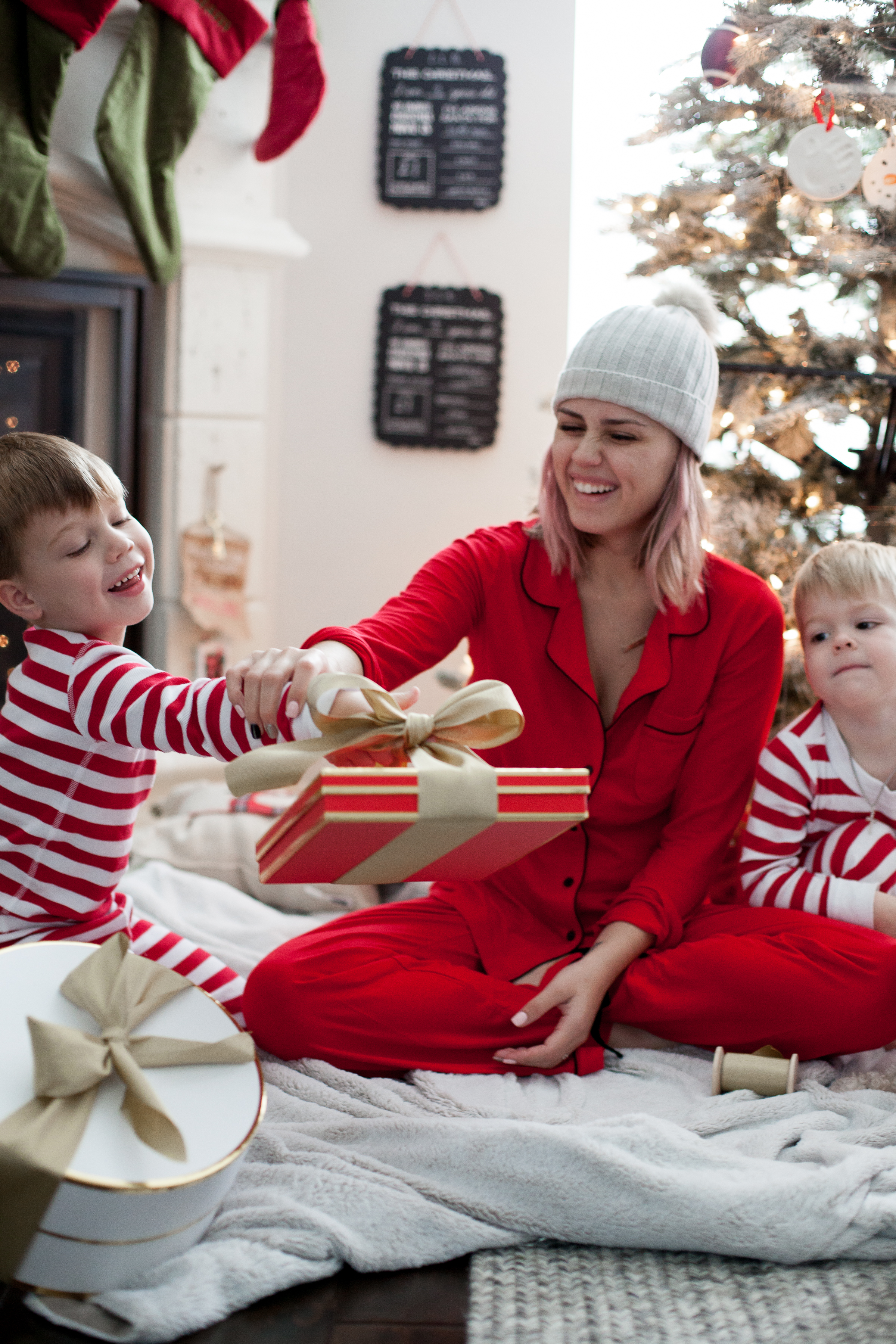 Houston Lifestyle blogger Uptown with Elly Brown shares her top Gift Ideas For Boys and all under $150. Click here for more!