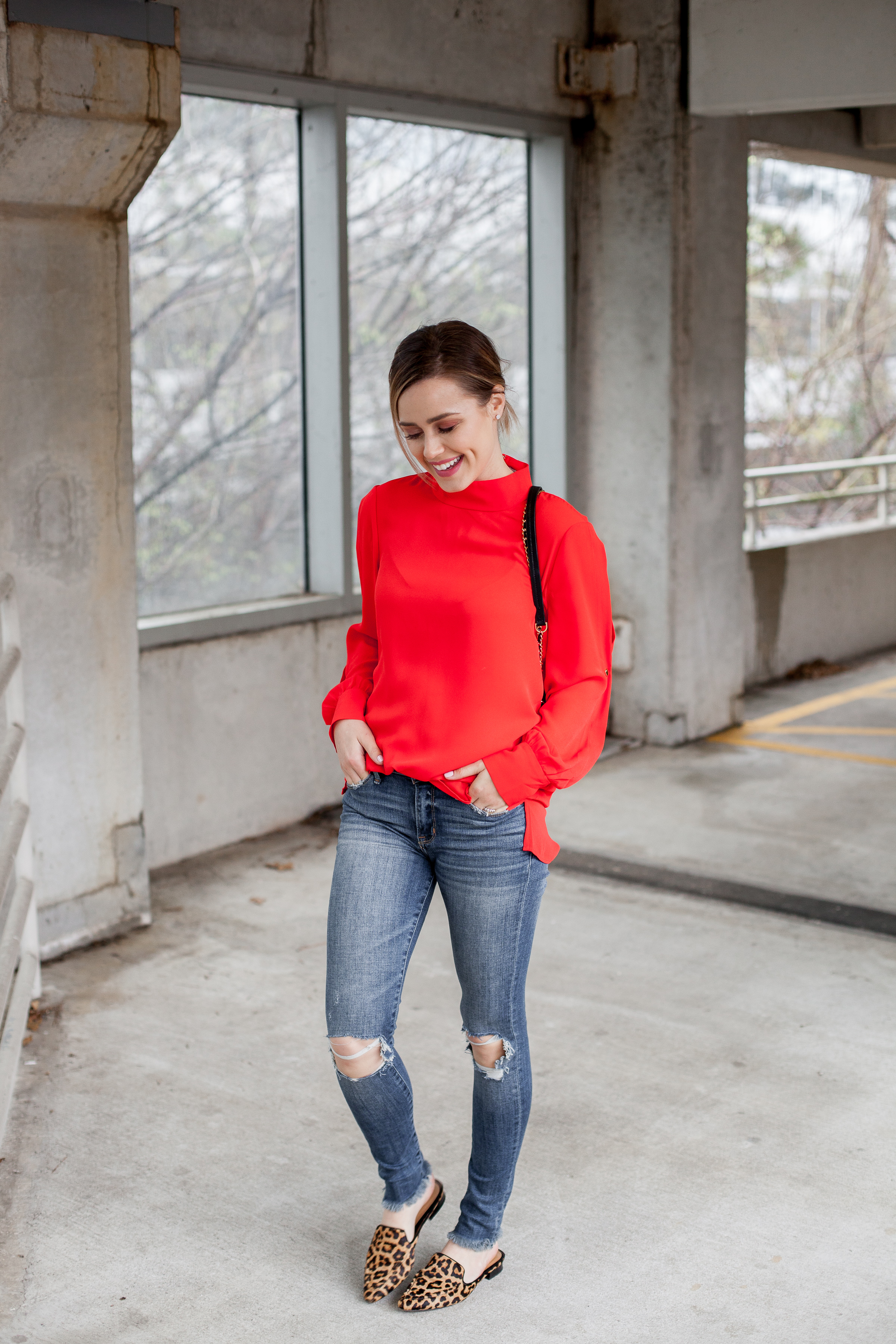 Houston fashion blogger Uptown with Elly Brown shares how to navigate and shop for clothing on Amazon.