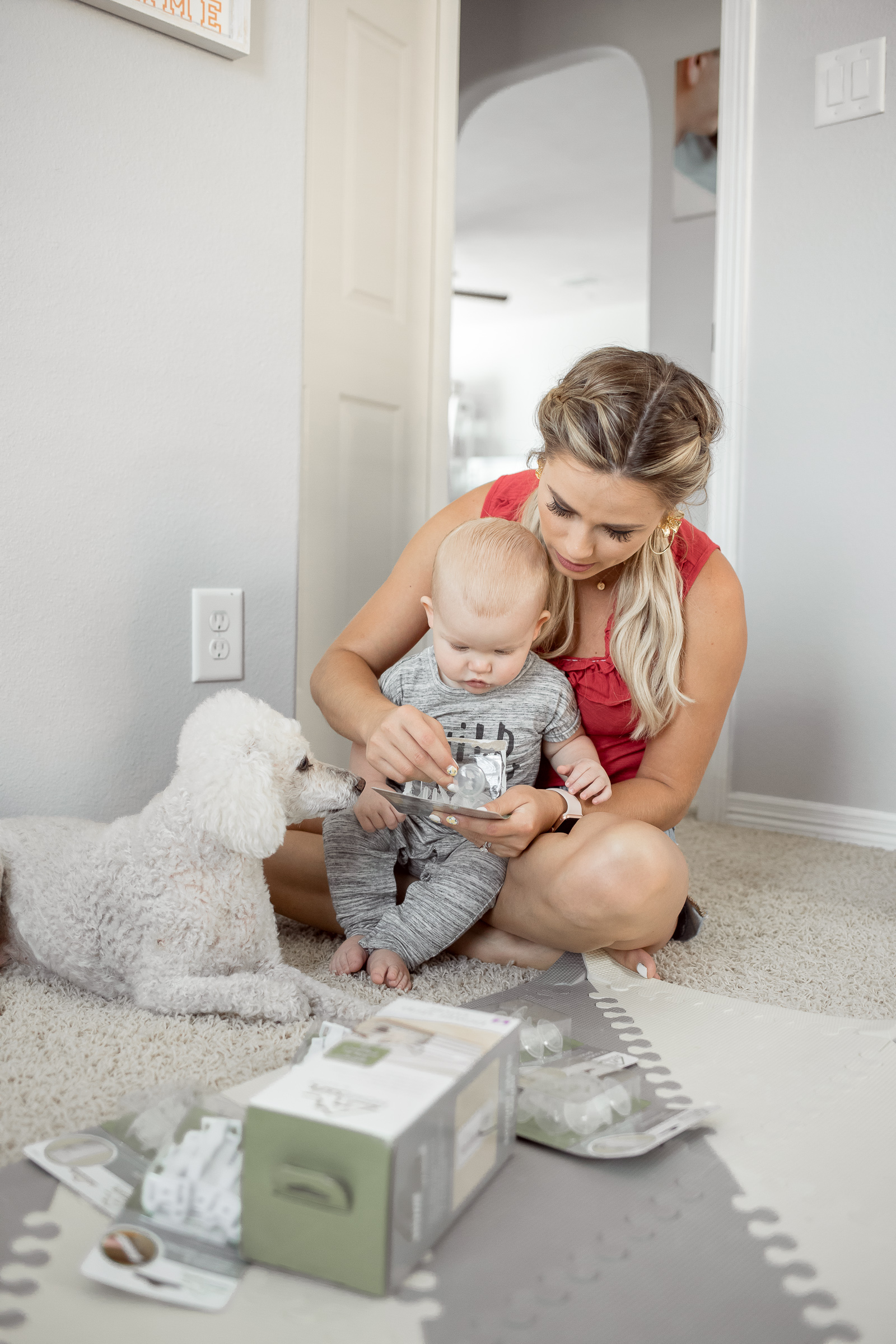 Houston lifestyle blogger Uptown with Elly Brown shares how to baby proof your house with Summer Infant. Click here for more details!