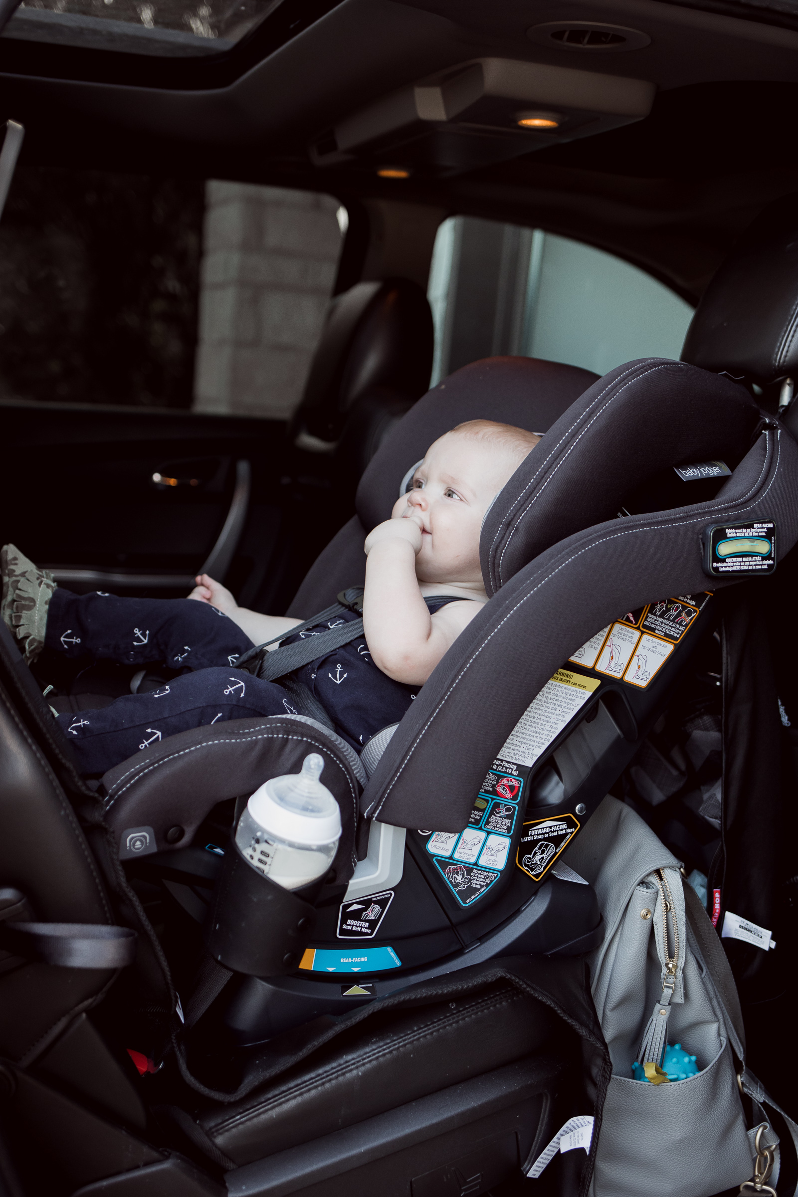 Houston Life Style Blogger Elly Brown from Uptown with Elly Brown shares why the Baby Jogger City View Car Seat is her favorite car seat
