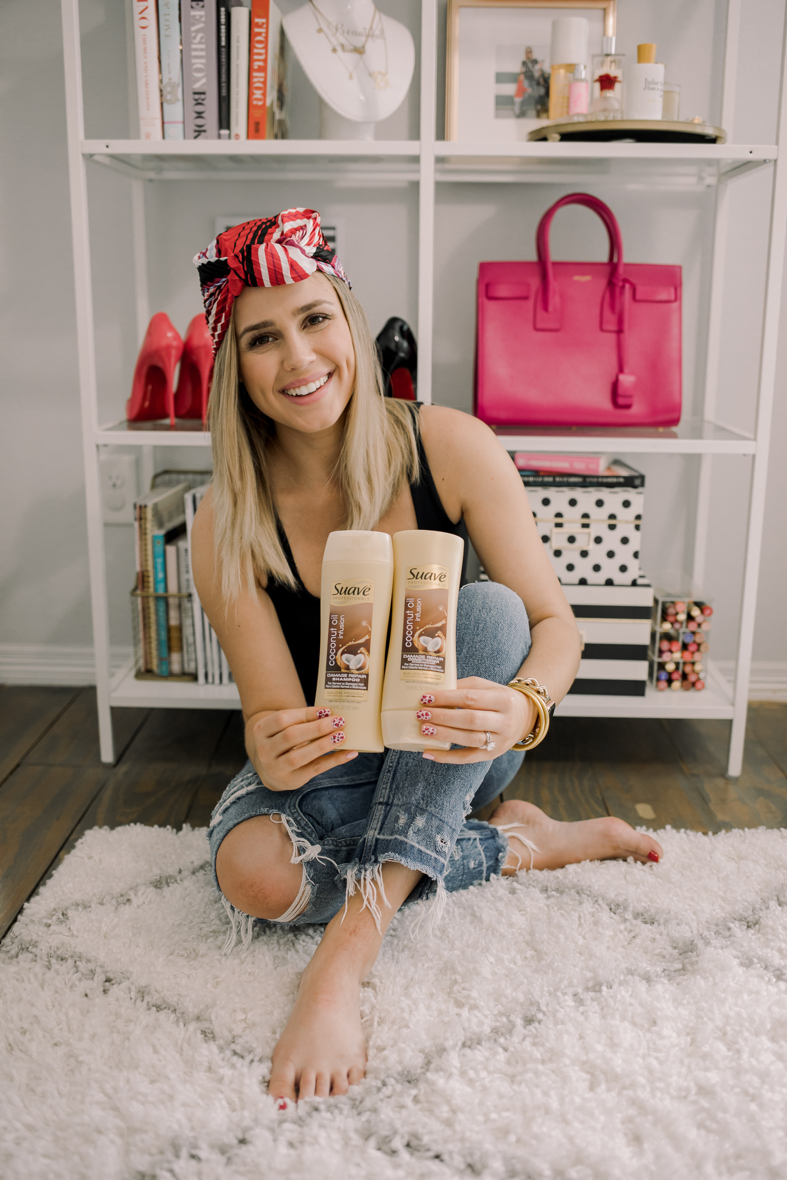 Houston Beauty blogger Uptown with Elly Brown shares 3 Ways to Wear A Headscarf this Spring that will leave you longing for warmer weather!