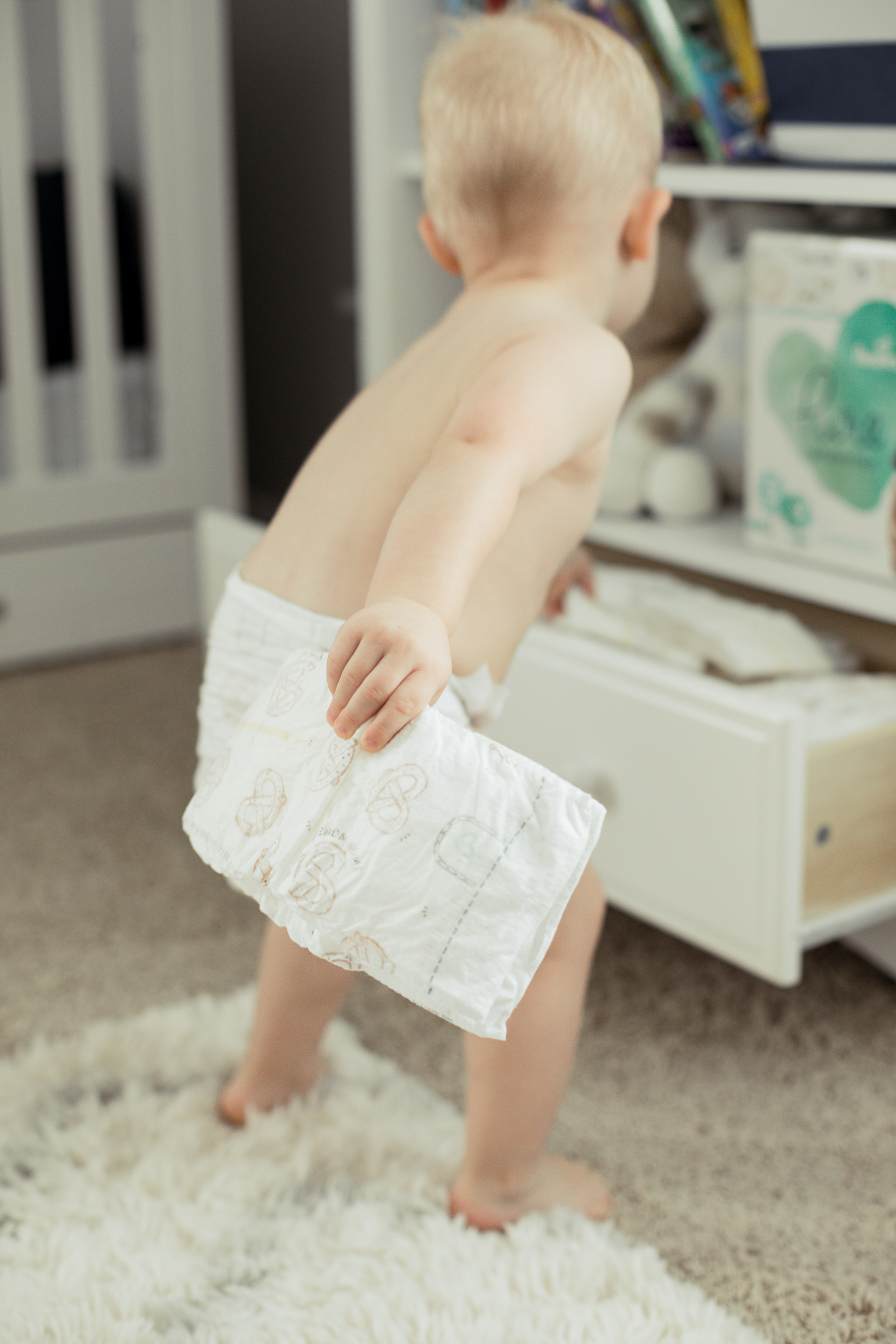 Houston lifestyle blogger Uptown with Elly Brown shares 10 Diaper Hacks that will make your life a little bit easier! See more here!