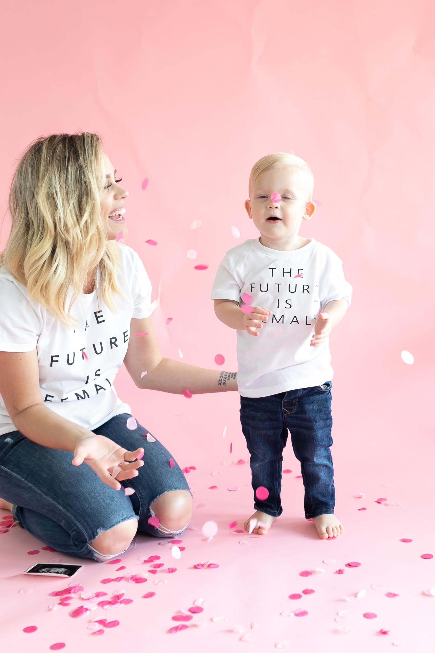 Houston lifestyle blogger Uptown with Elly Brown shares her Family Gender Reveal for her pregnancy.