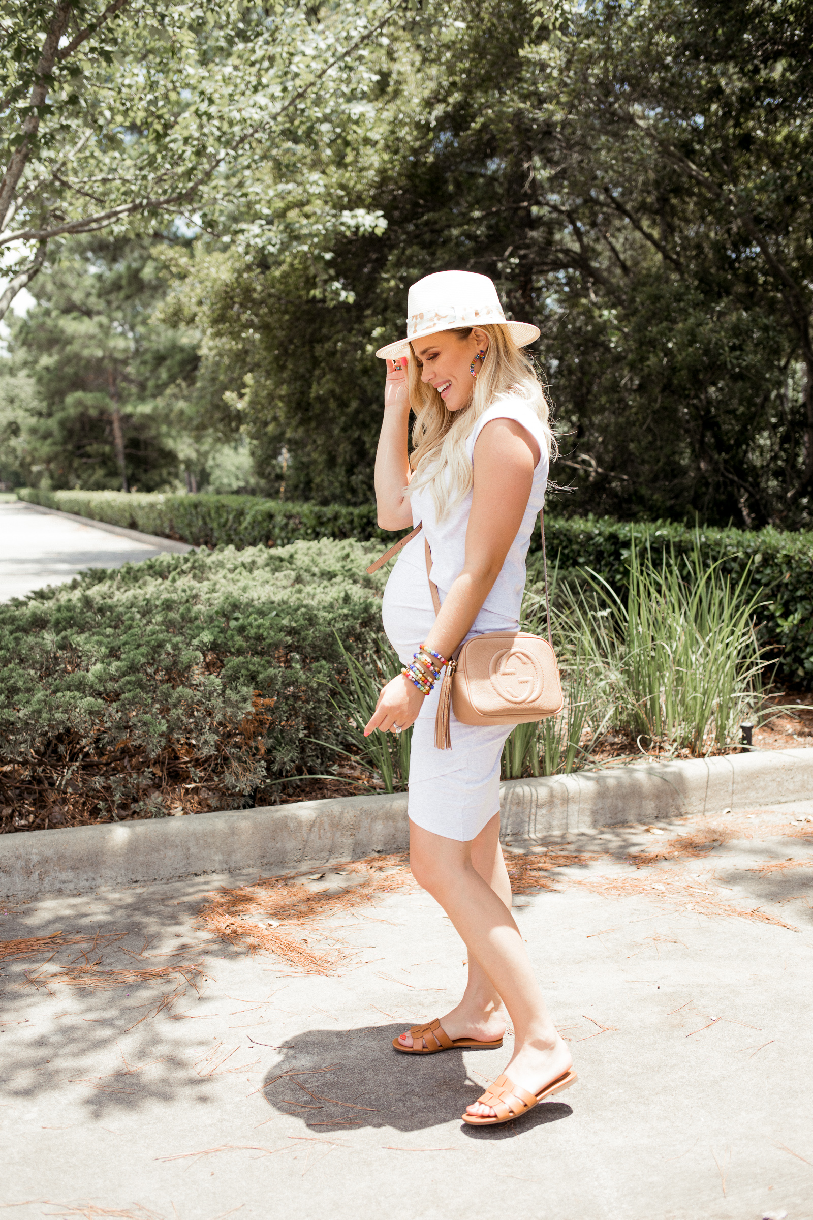 ddcd6d4d71141 Houston fashion blogger Uptown with Elly Brown shares her favorite place to  buy chic maternity clothes