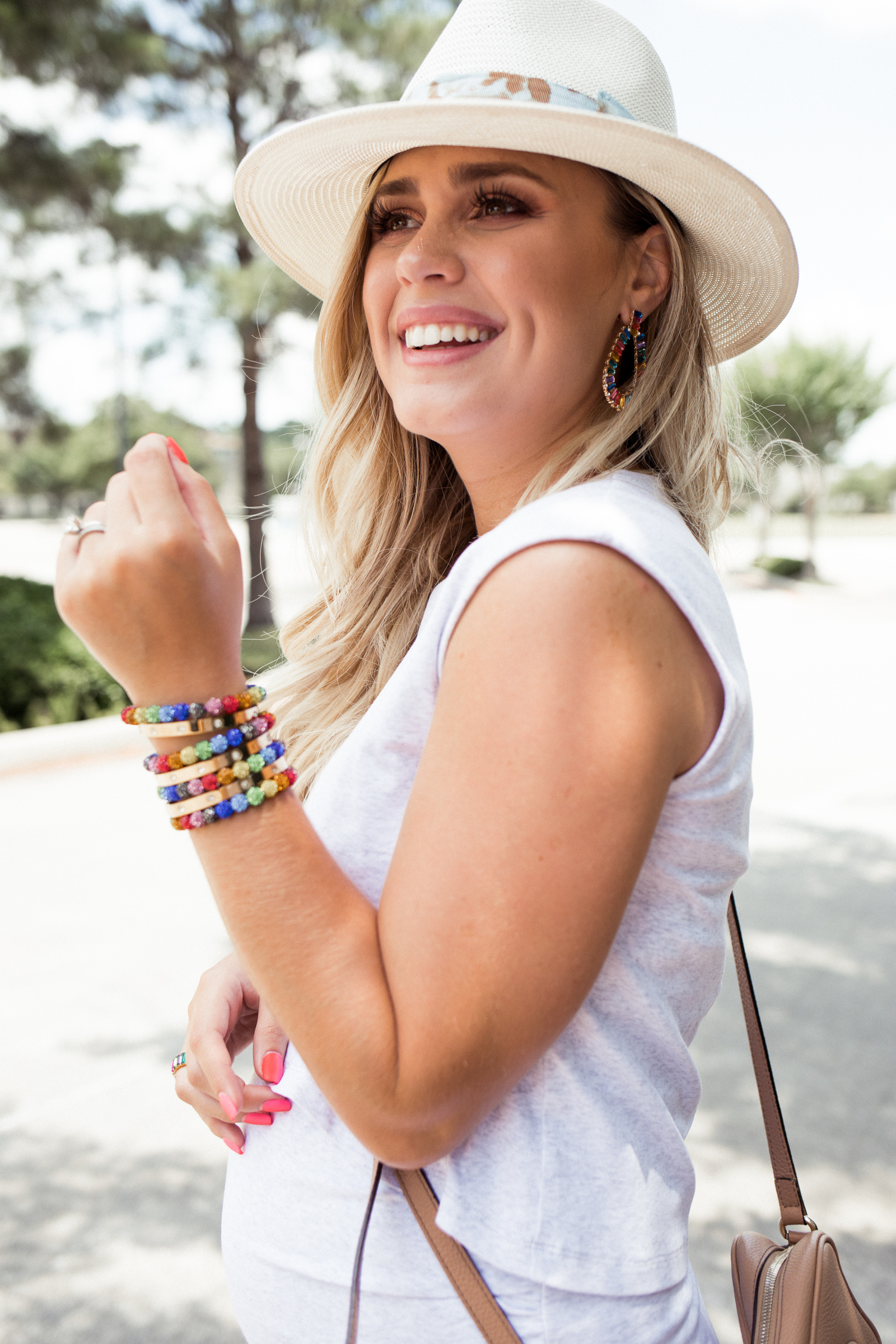 Houston fashion blogger Elly Brown wears Tenth street hat with Baublebar jewelry dupes