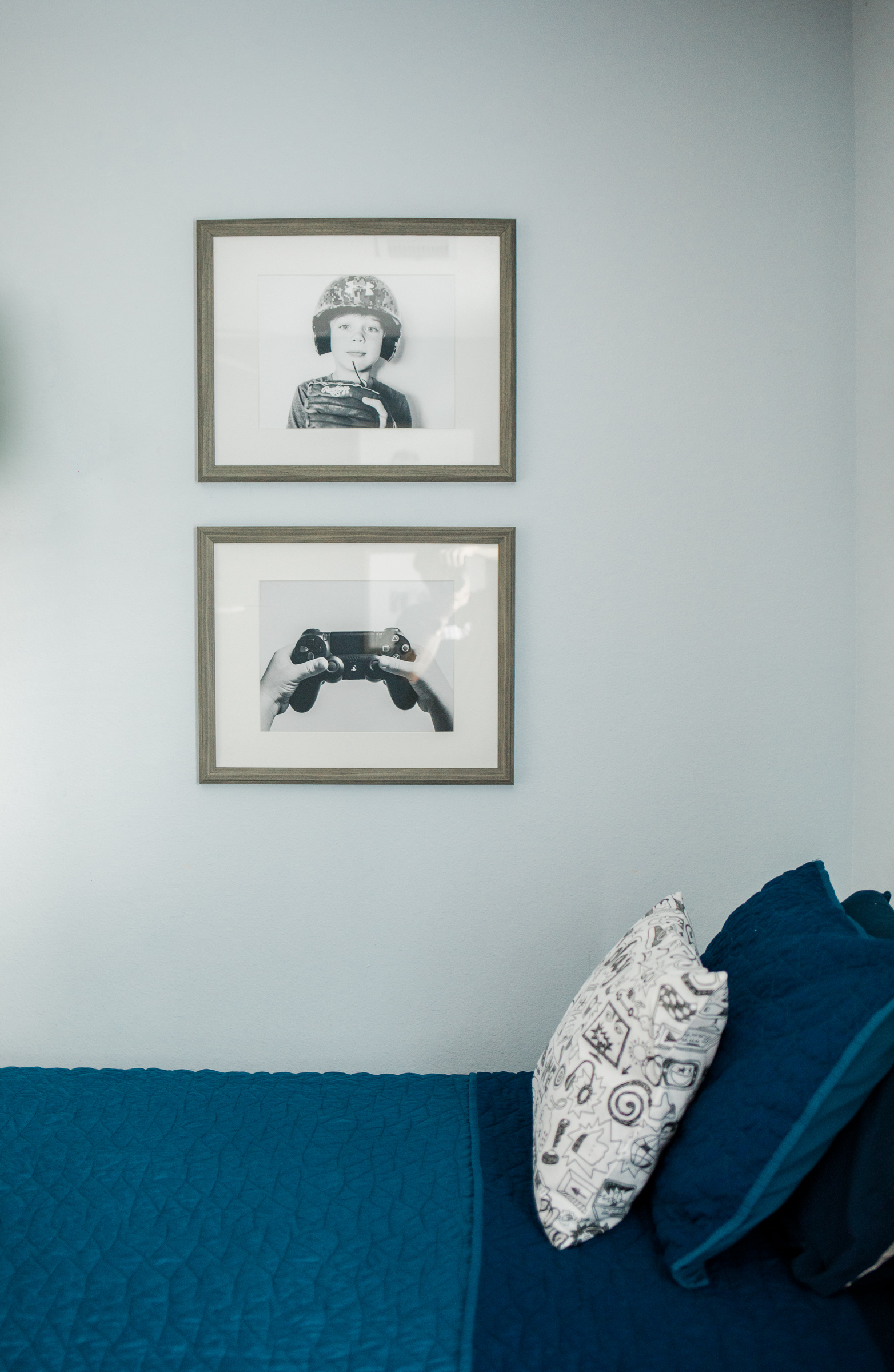 Houston lifestyle blogger Elly Brown shares her black and white prints and ideas for boys wall decor