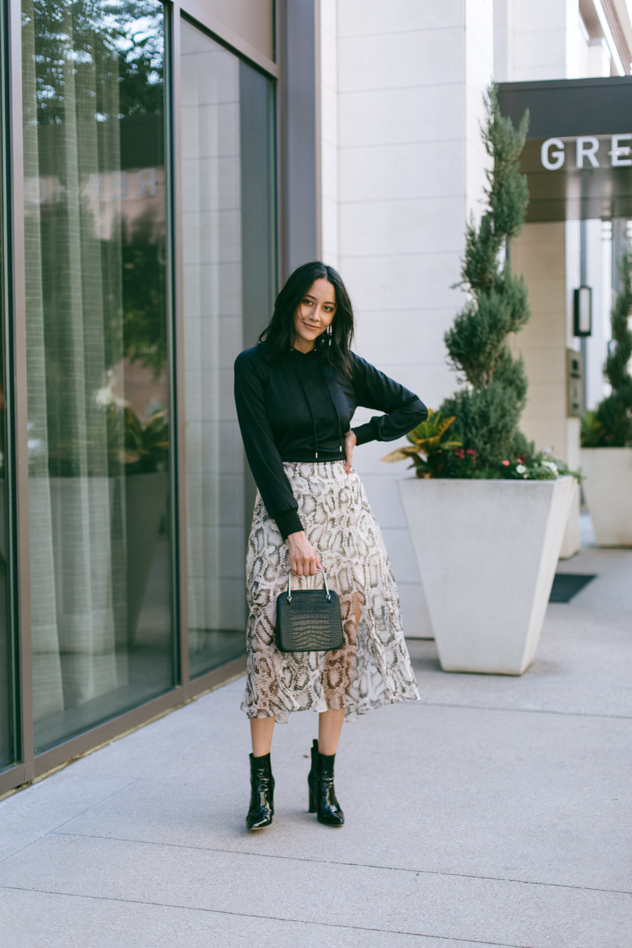 Are you loving the snake print trend this season? Fashion blogger Lilly B. teams up with her friends to share 3 different ways to wear snake print!