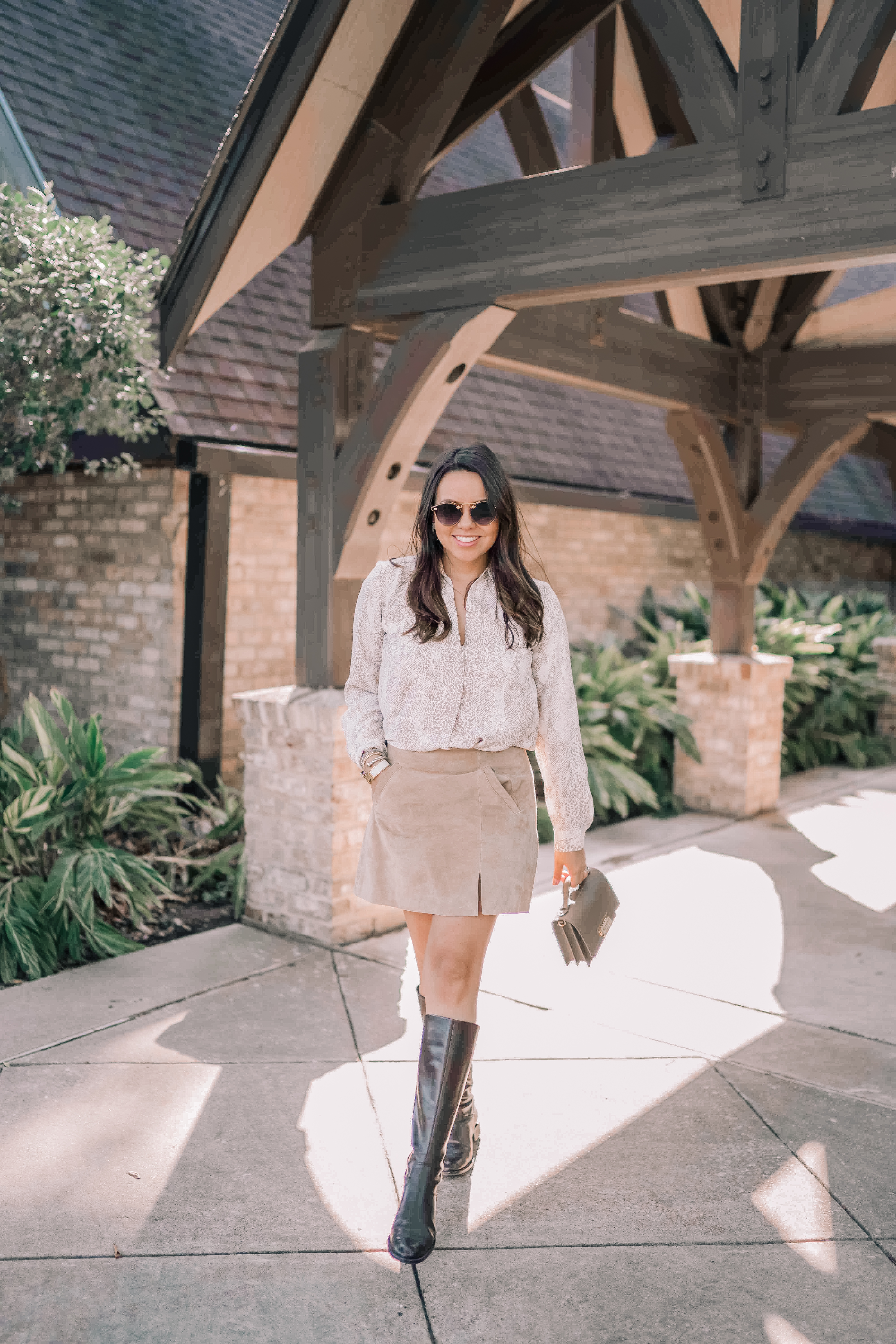 Are you loving the snake print trend this season? Fashion blogger Alex teams up with her friends to share 3 different ways to wear snake print!