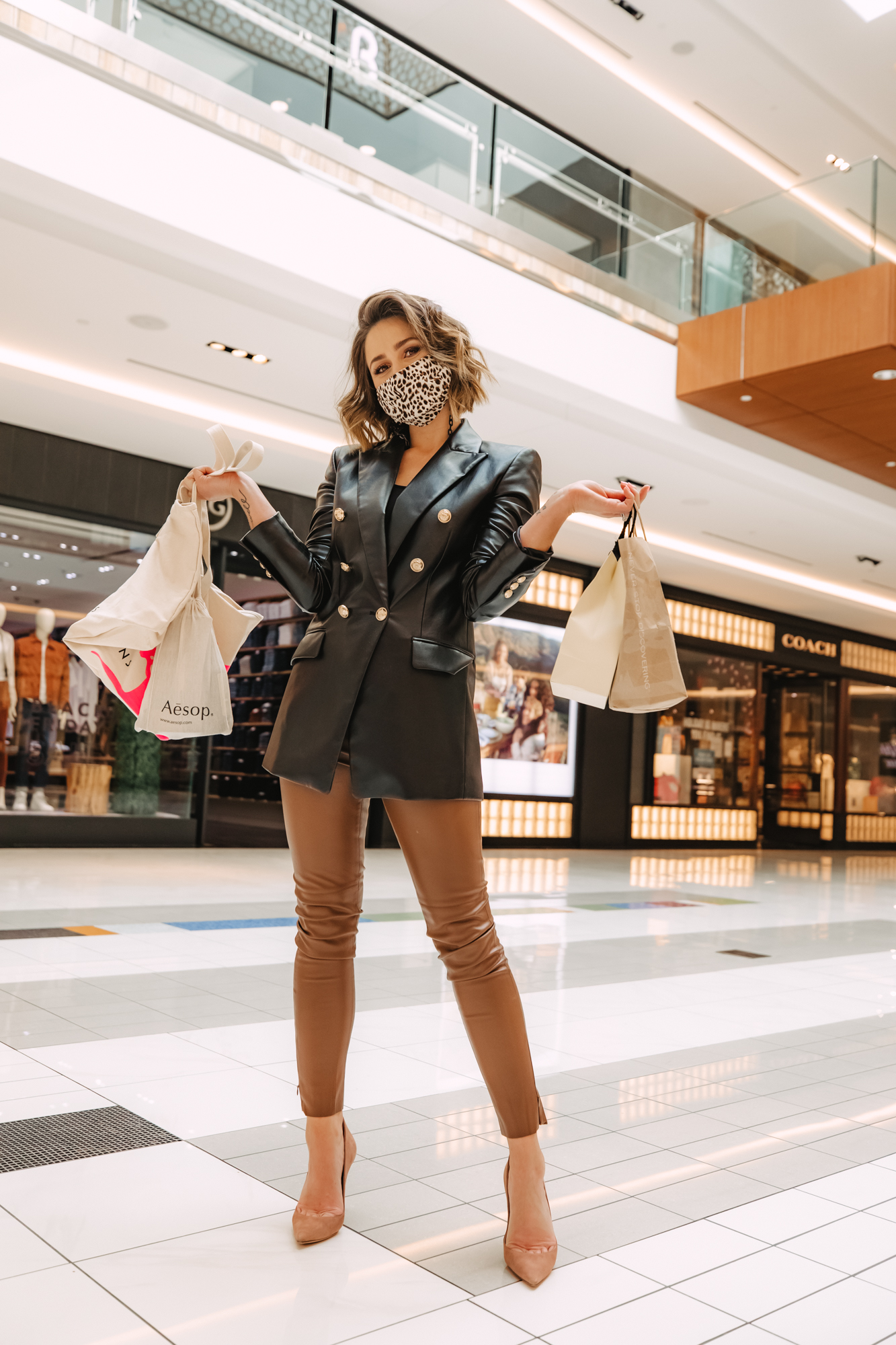 Houston lifestyle blogger Uptown with Elly Brown shares the best of Black Friday Sales and where you should be shopping.