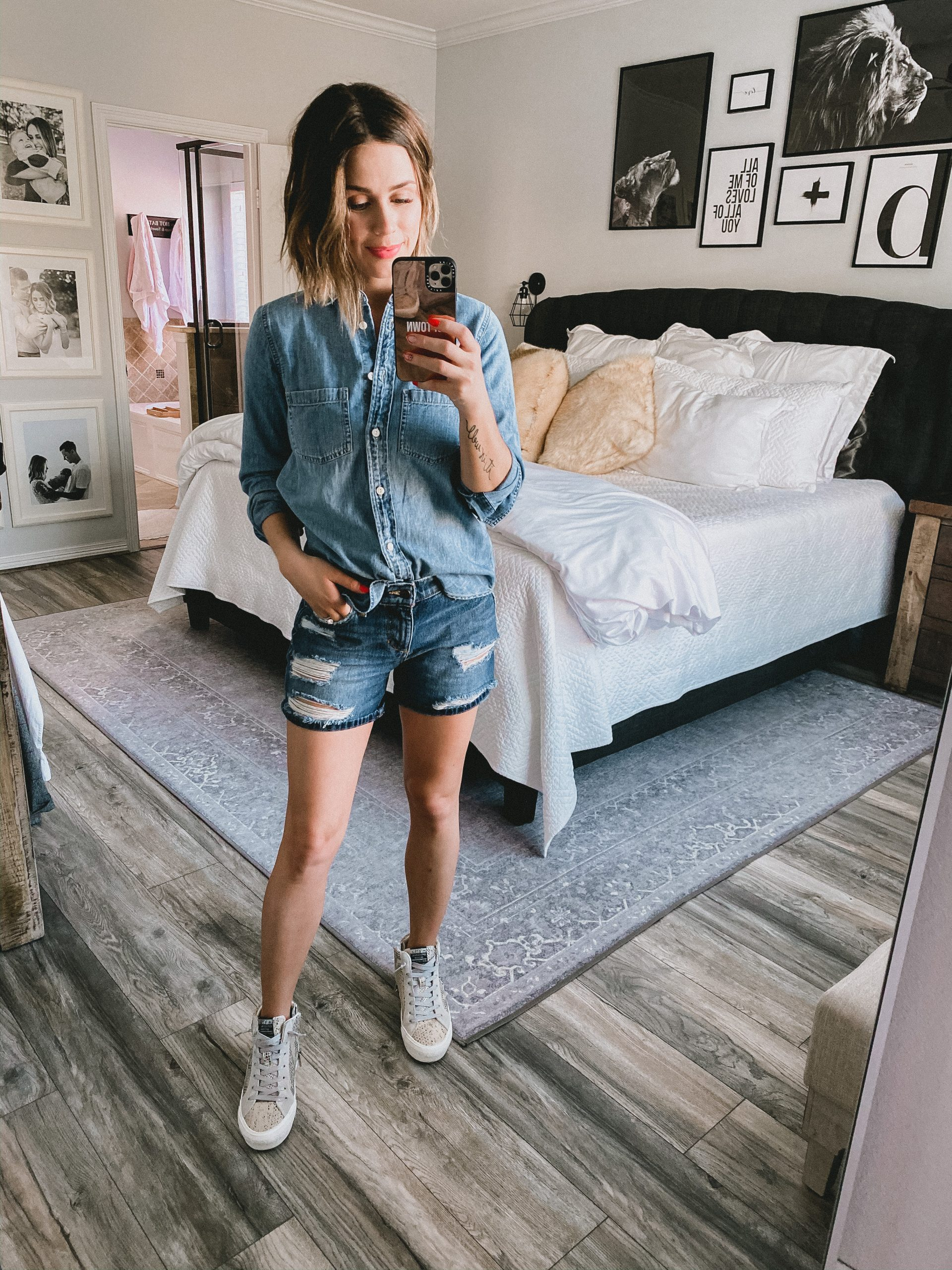 Looking for outfit ideas? Houston fashion blogger Elly Brown shares How to Wear a Women's Button Up Top from day to night!