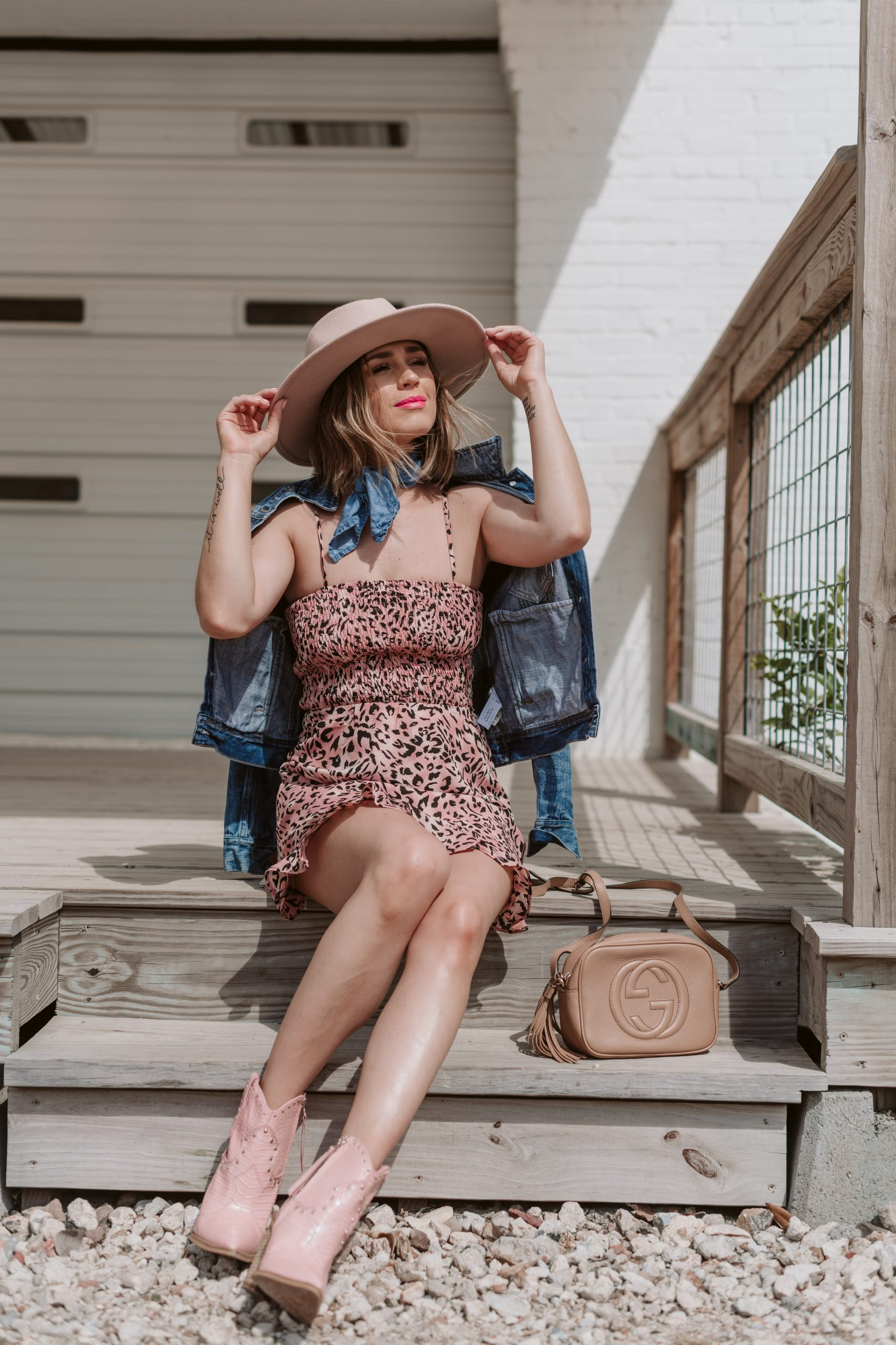 Houston fashion blogger Elly Brown wears a western outfit perfect for music festivals