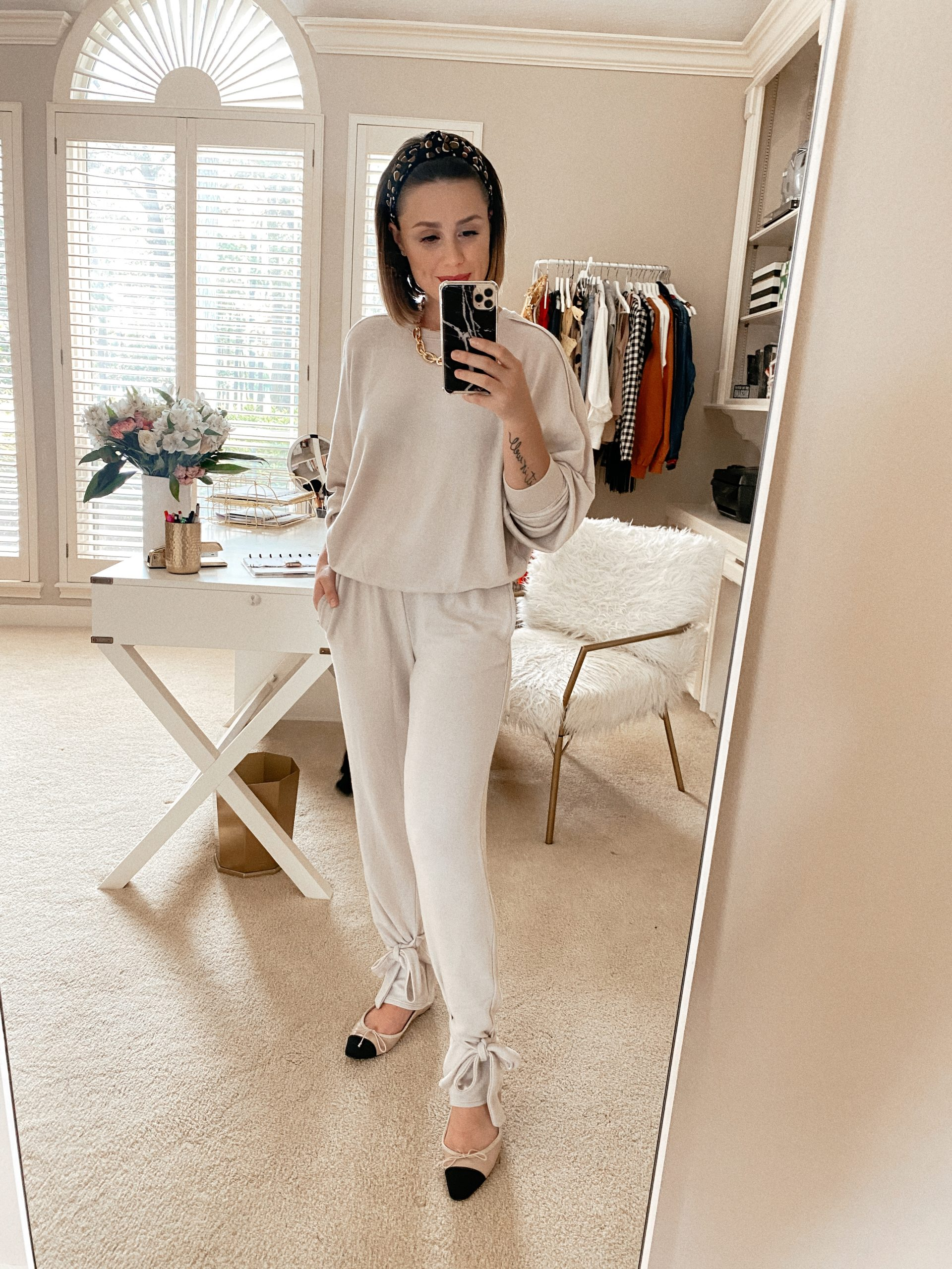 Looking for cute outfits to wear this Fall and Winter while at home? Elly Brown shares 5 Cozy Loungewear Sets you'll love!