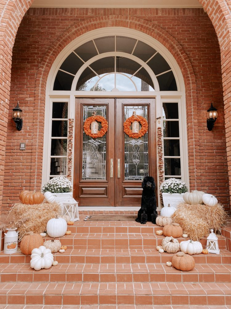 Fall is Houston Lifestyle blogger Elly Brown's favorite season. Check out the Fall front porches she rounded up for you to copy this holiday.