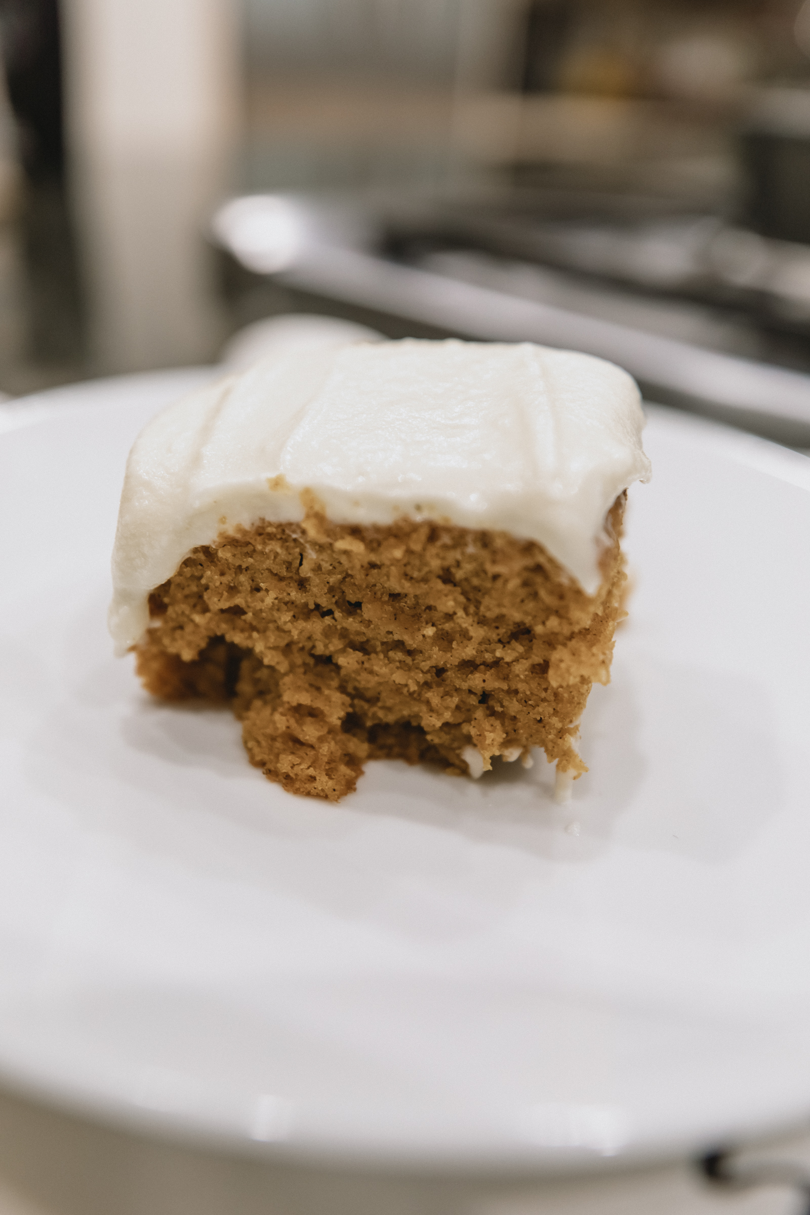 Easy and moist pumpkin cake recipe for the holiday season!