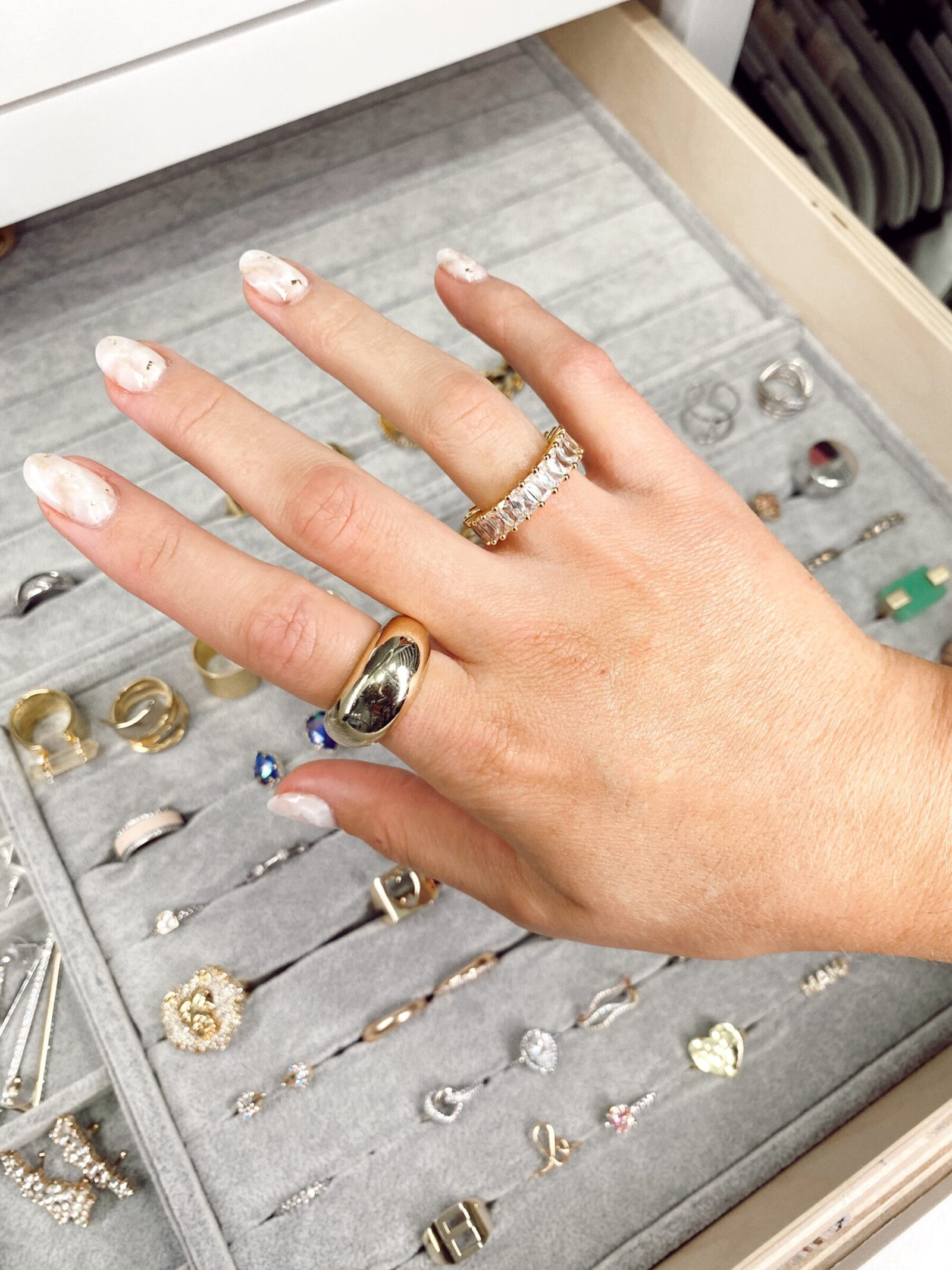 Where to Buy Affordable Dainty gold Rings for Everyday Wear
