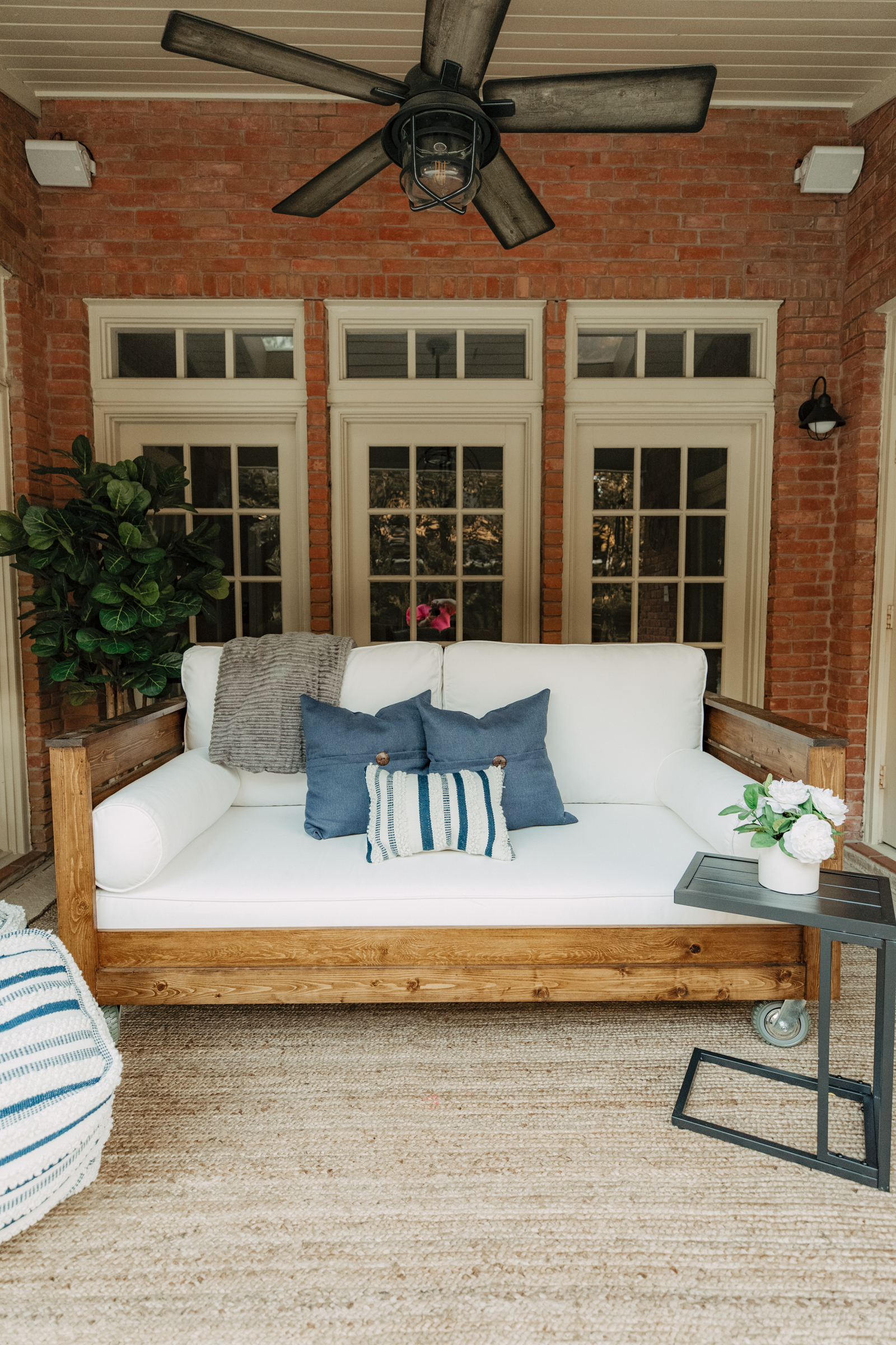 Patio and porch decor from Walmart. How to decorate your porch swing on a budget