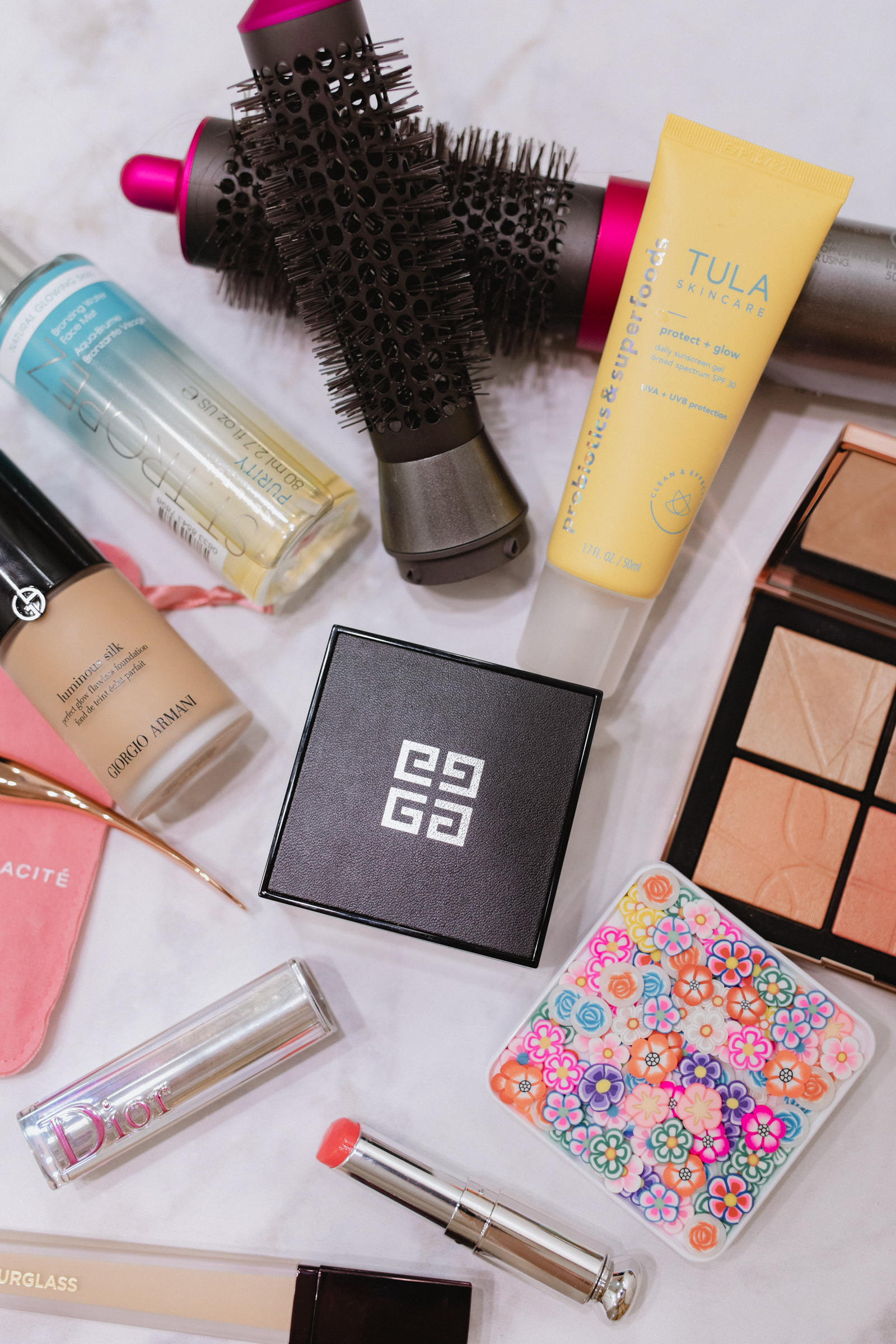 Looking for new Summer Beauty products to try and must-haves? Elly Brown shares her Summer Beauty Favorites all from Nordstrom!
