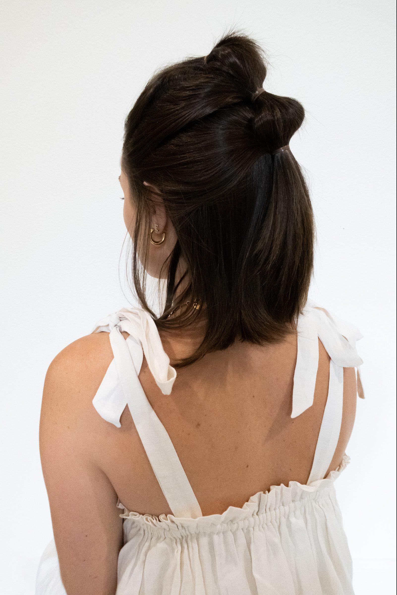 Elly brown shares how a bubble braid for short hair tutorial!