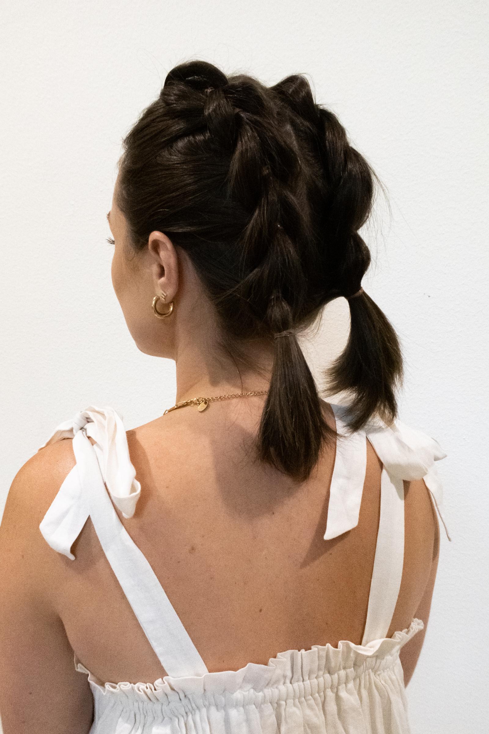 Summer Hairstyles for Short Hair: Elly brown shares how a bubble braid for short hair tutorial!
